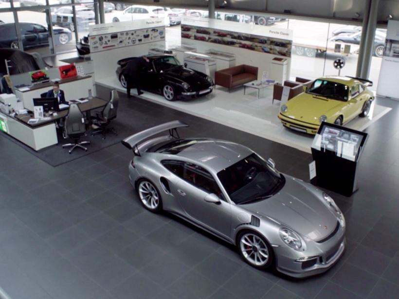 Erfahren Sie mehr zur Karriere bei uns im Porsche Zentrum Hamburg Nord-West.